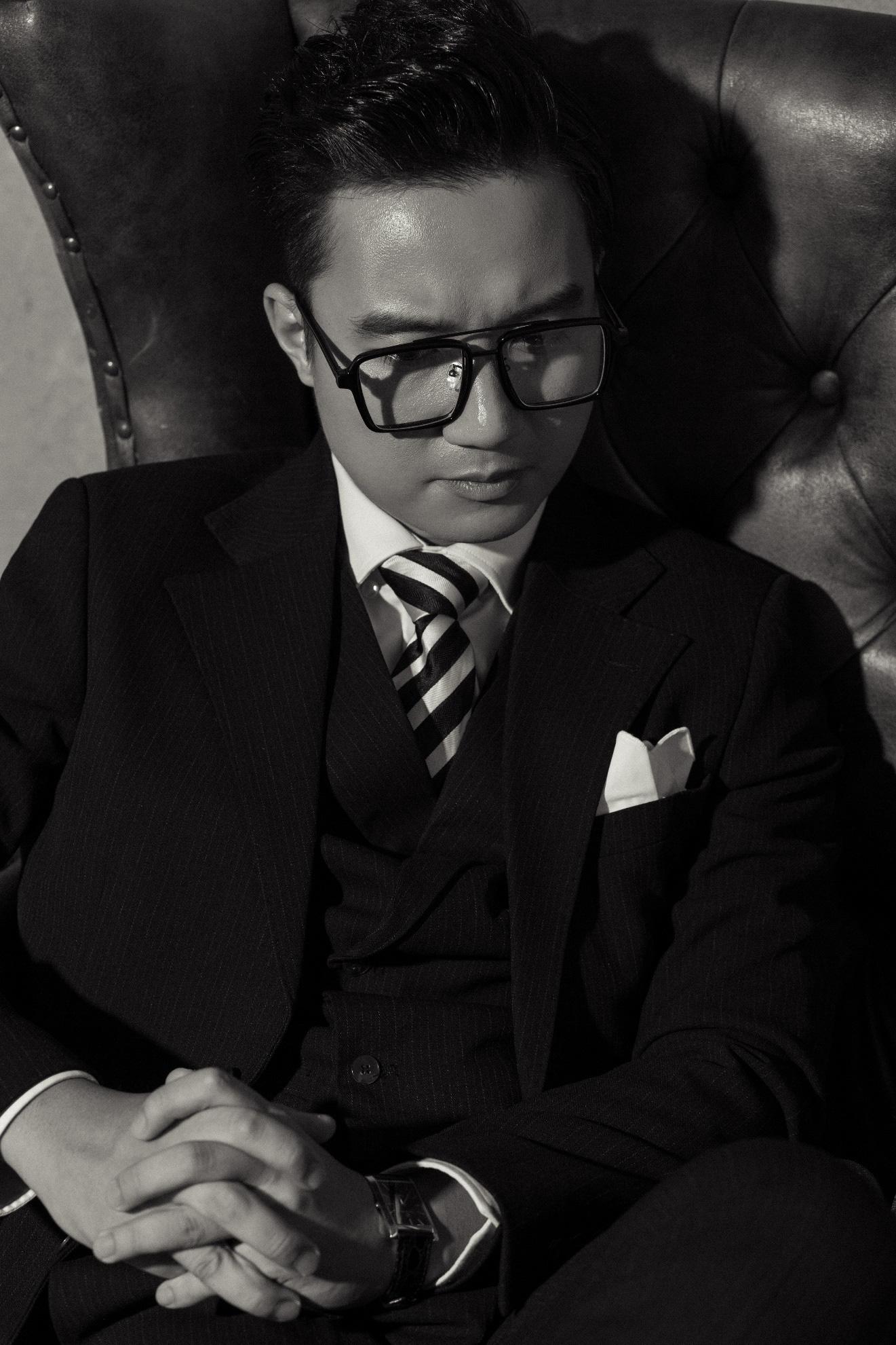 """MC """"chuyển động 24h"""" Sơn Lâm lịch lãm, hút mắt trong bộ ảnh mừng sinh nhật lần thứ 30 - Ảnh 6."""