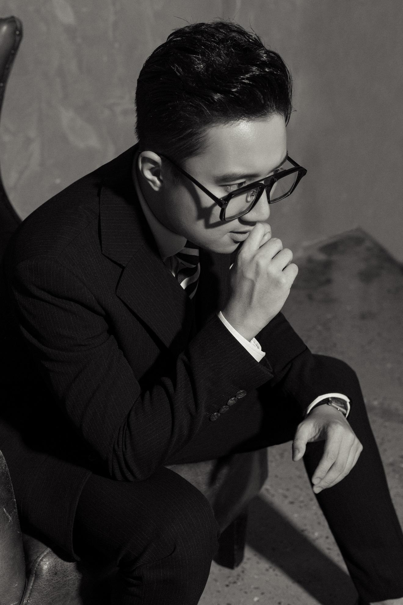 """MC """"chuyển động 24h"""" Sơn Lâm lịch lãm, hút mắt trong bộ ảnh mừng sinh nhật lần thứ 30 - Ảnh 7."""