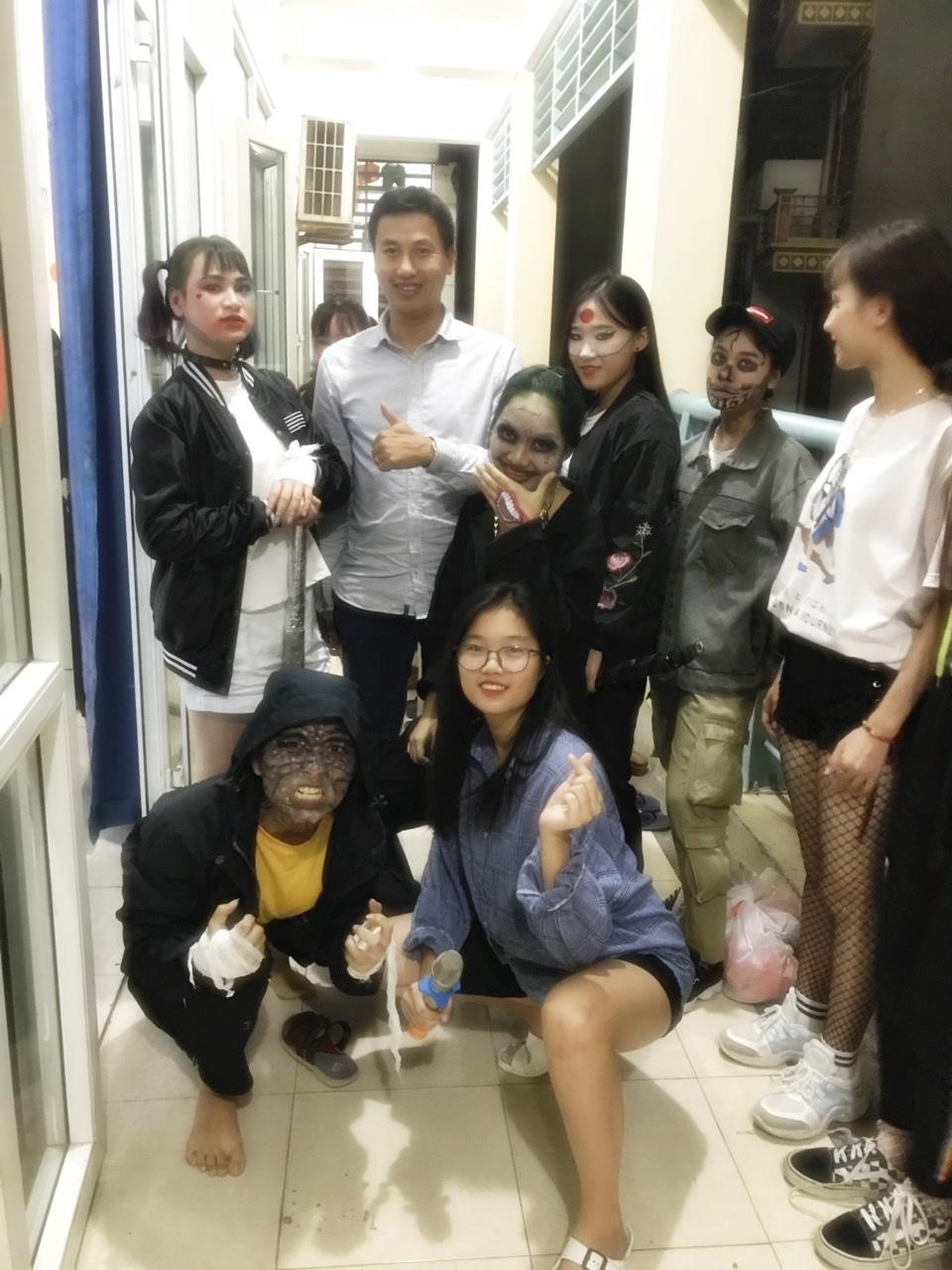 """Gặp thầy giáo """"quyền lực nhất khoa"""" được sinh viên trường Doanh Nhân CEO Việt Nam trìu mến gọi """"ba"""" - Ảnh 3."""
