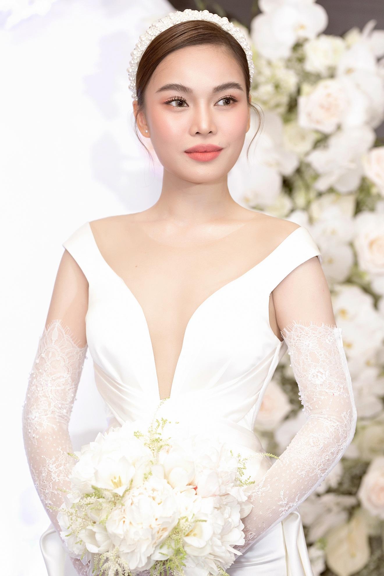 Ba mẫu váy cưới Hacchic Couture thực hiện cho Giang Hồng Ngọc kèm thông điệp ý nghĩa bất ngờ - Ảnh 3.