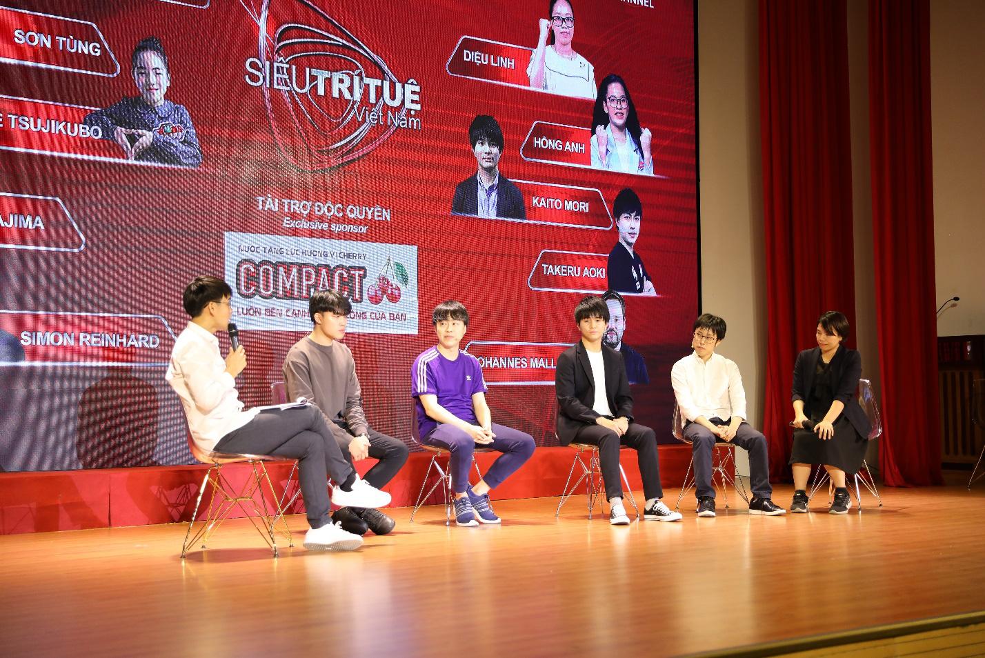 Dàn siêu trí tuệ quốc tế và Việt Nam bất ngờ hội ngộ khiến fan Việt vỡ òa - Ảnh 10.