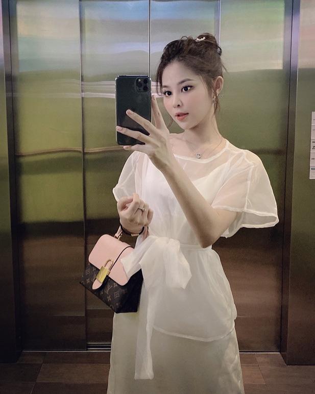 Gia Hân - Cô nàng xinh đẹp của ĐH Hồng Bàng với phong cách phối đồ chuẩn fashionista - Ảnh 2.