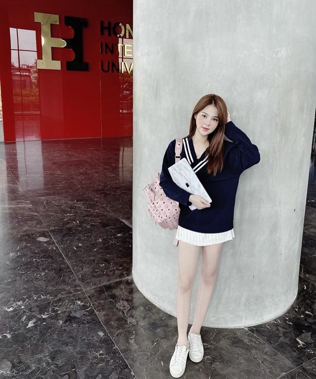 Gia Hân - Cô nàng xinh đẹp của ĐH Hồng Bàng với phong cách phối đồ chuẩn fashionista - Ảnh 3.