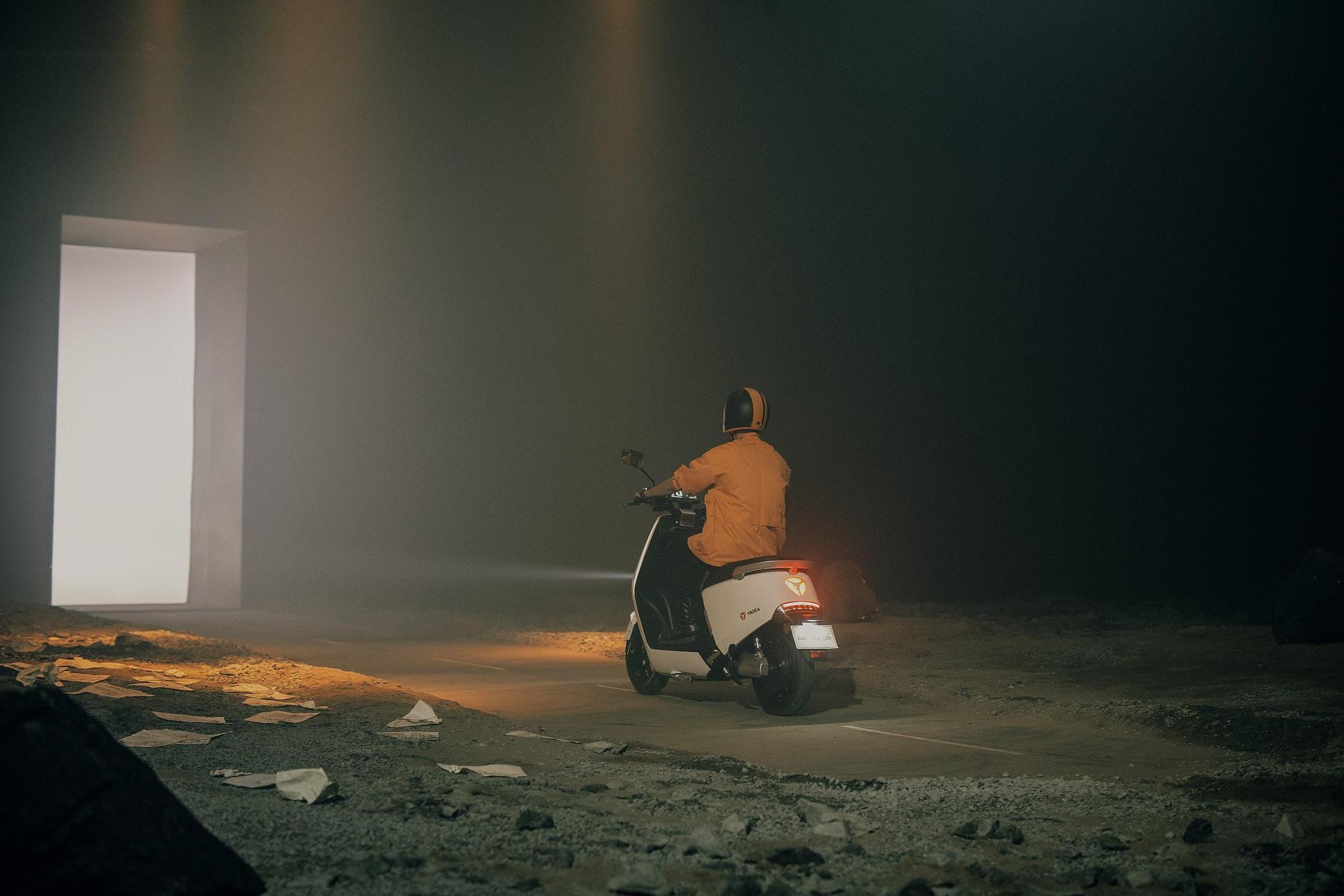 Rhymastic cùng Phương Ly tung MV kể câu chuyện cuộc đời đầy cảm xúc - Ảnh 5.