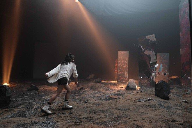 Rhymastic cùng Phương Ly tung MV kể câu chuyện cuộc đời đầy cảm xúc - Ảnh 6.