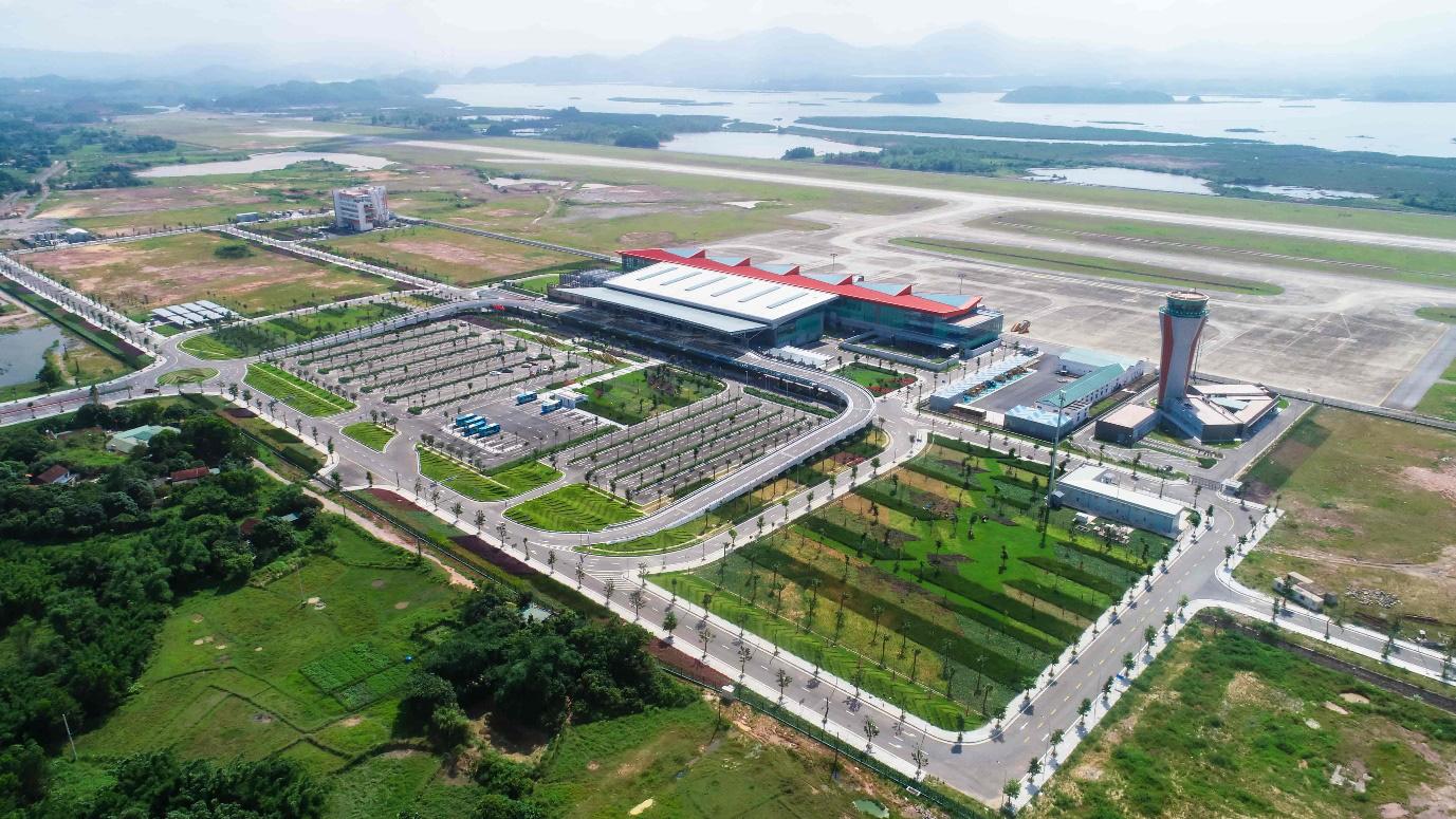 """Cảng HKQT Vân Đồn mở """"cánh cửa"""" kết nối Quảng Ninh với thế giới - Ảnh 1."""