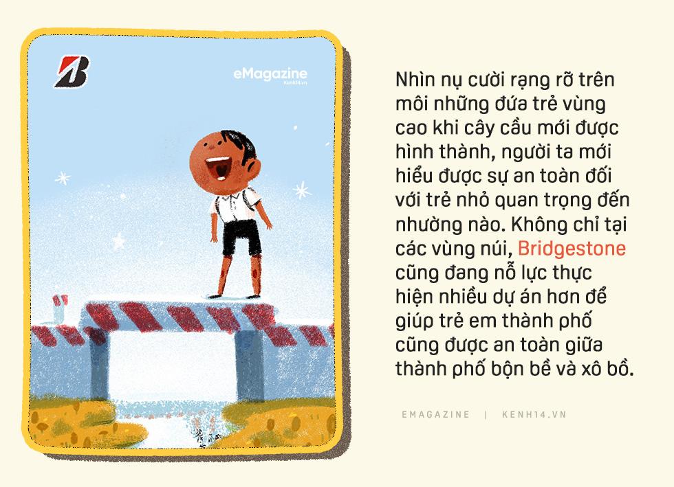 Đường gập ghềnh đi tìm con chữ của trẻ em vùng cao: Có cầu mới, lũ mùa mưa không cuốn đi ước mơ của em - Ảnh 4.