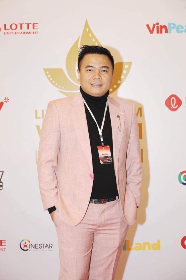 Đạo diễn Nhất Trung thắng giải Biên kịch xuất sắc nhất tại Liên hoan phim Việt Nam 2019 - Ảnh 2.