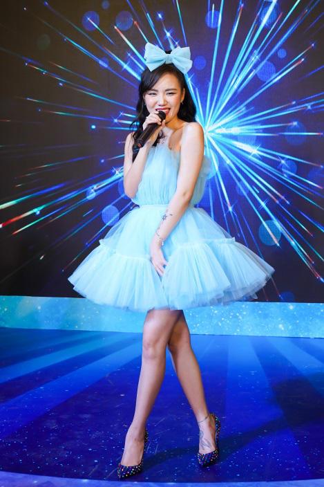 Bảo Anh, Đỗ Mỹ Linh, Phương Ly cùng dàn sao hóa thân thành công chúa lộng lẫy tại sự kiện - Ảnh 5.