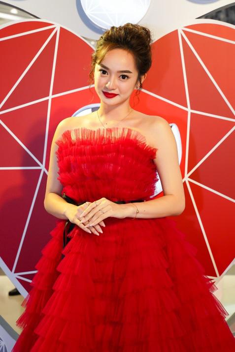 Bảo Anh, Đỗ Mỹ Linh, Phương Ly cùng dàn sao hóa thân thành công chúa lộng lẫy tại sự kiện - Ảnh 7.
