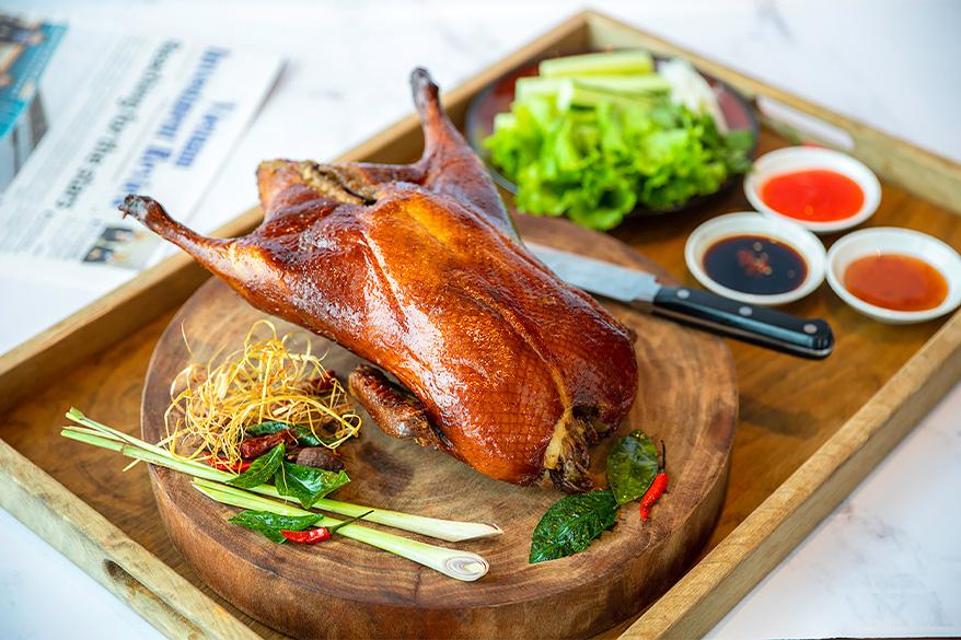 """""""Bữa tiệc trên mây"""" mùa lễ hội: Nâng tầm trải nghiệm ẩm thực với mọi giác quan tại InterContinental Hanoi Landmark72 - Ảnh 8."""