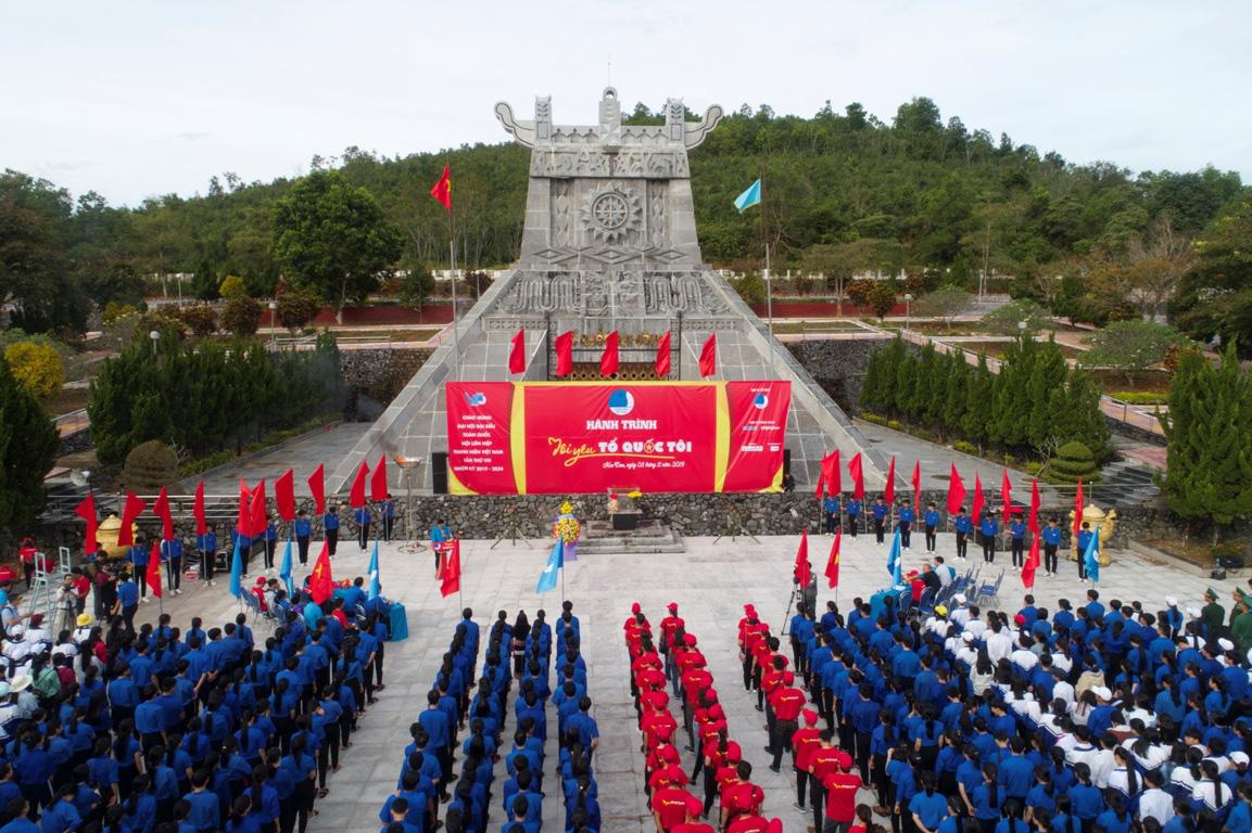 Thanh niên Tây Nguyên gìn giữ bản sắc dân tộc, bảo vệ tổ quốc - Ảnh 5.