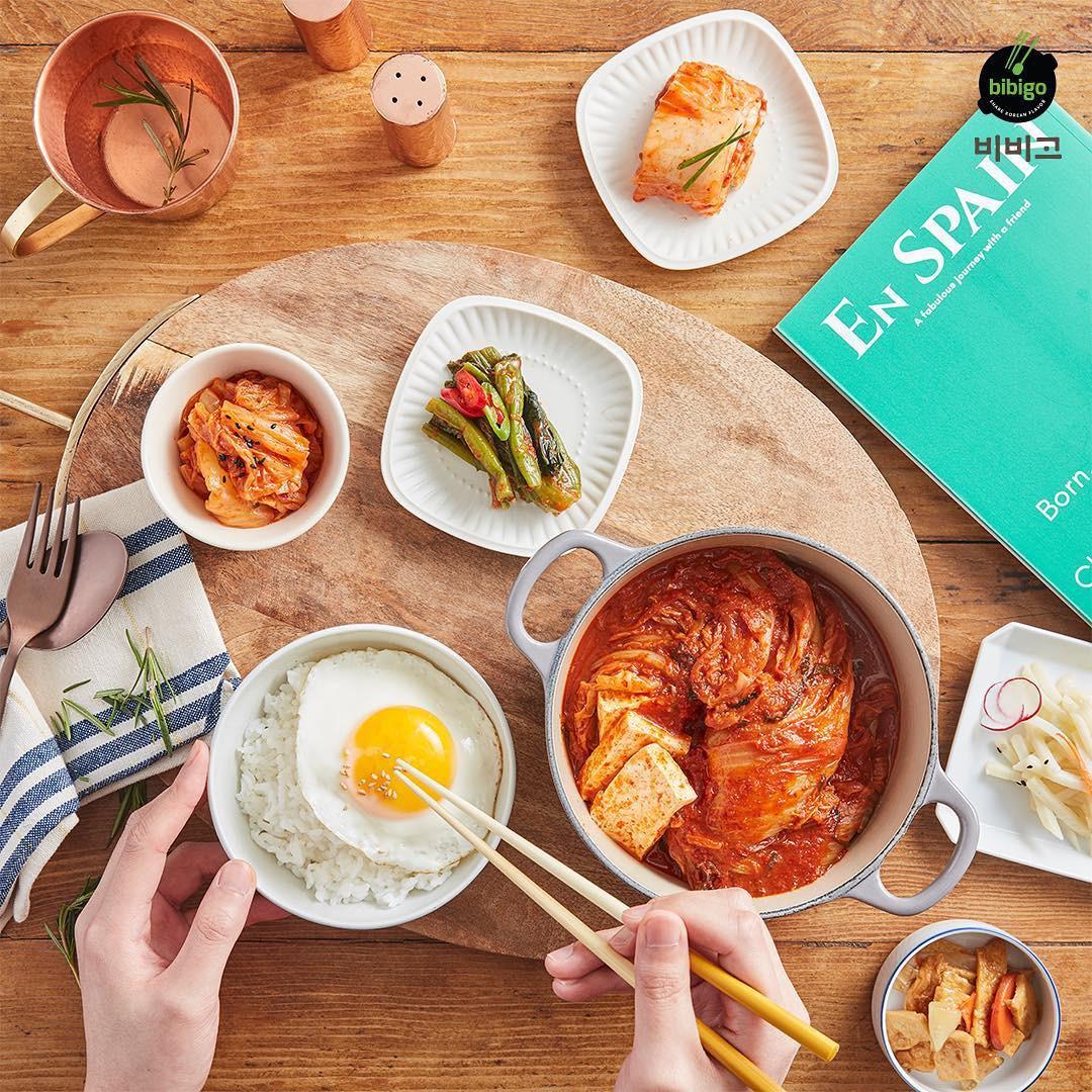 Bibigo kim chi - Đặc sắc món Hàn trên bàn ăn Việt - Ảnh 1.