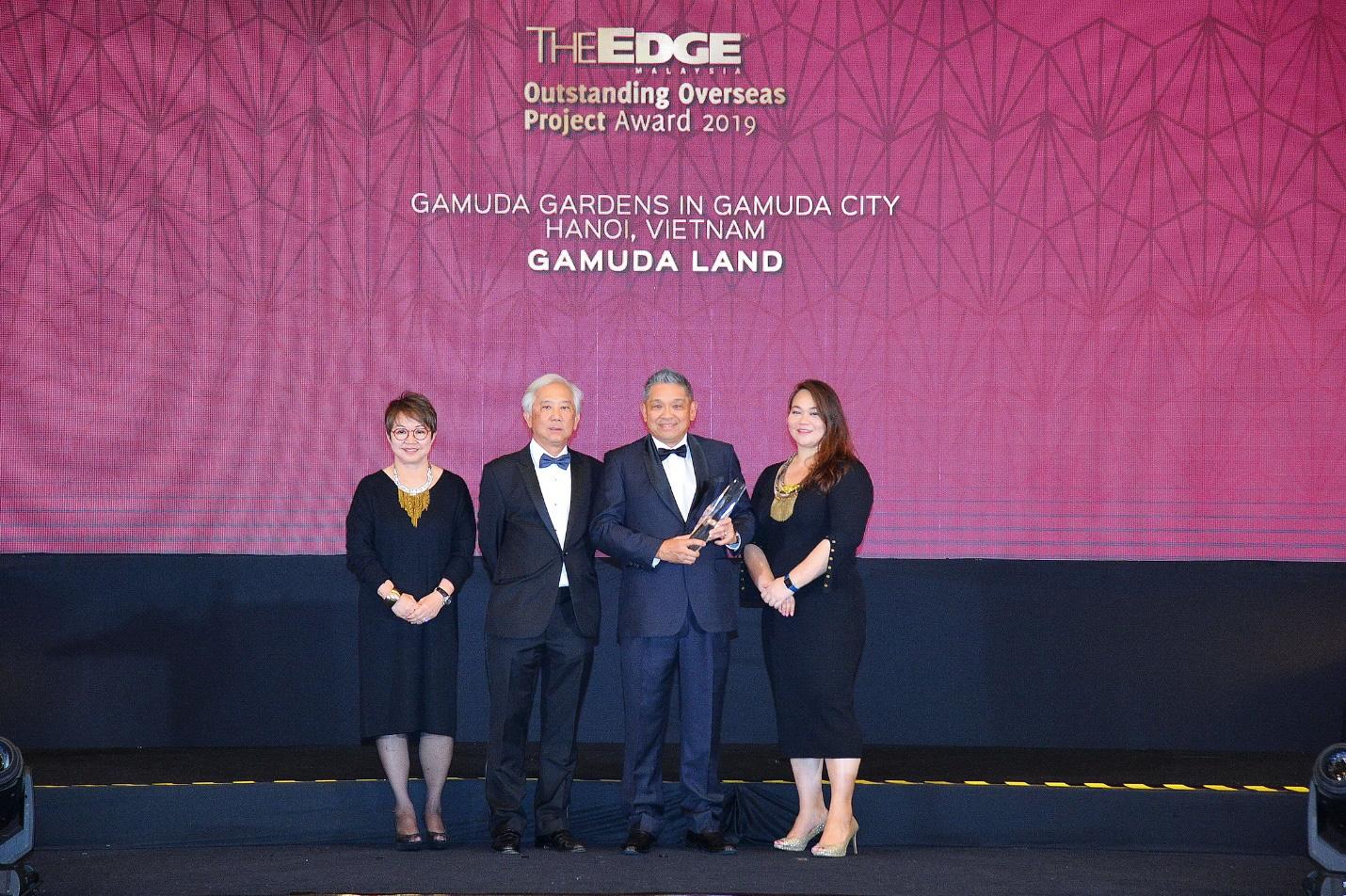 """Gamuda Gardens nhận giải thưởng """"Dự án bất động sản xuất sắc ở nước ngoài"""" tại Lễ trao giải The Edge Malaysia Property Excellence Awards 2019 - Ảnh 1."""