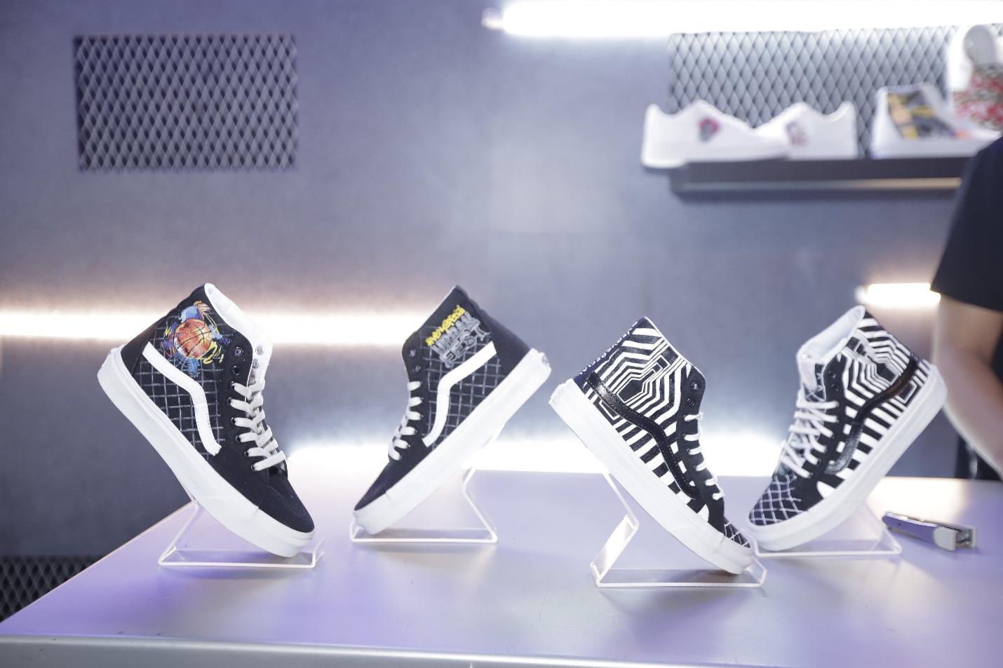 """""""Độ"""" giày - Một mảnh văn hóa đặc biệt của nghệ thuật thành thị - Ảnh 1."""
