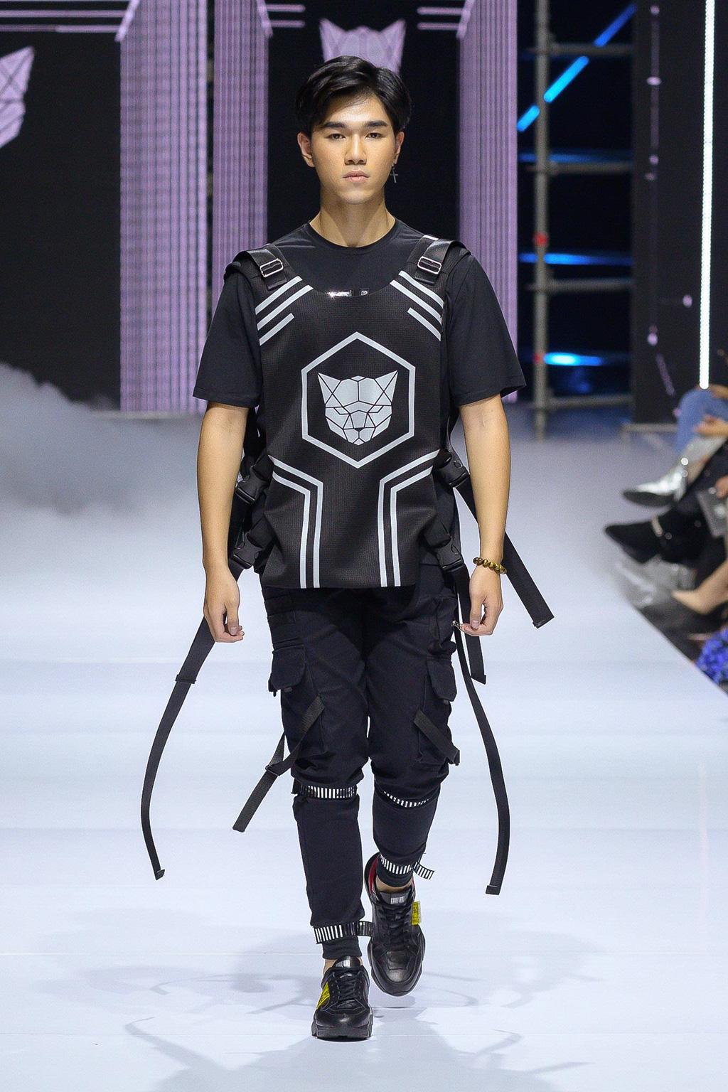 Bắt kịp xu hướng thời trang nam lên ngôi năm 2020 qua sàn diễn catwalk - Ảnh 2.