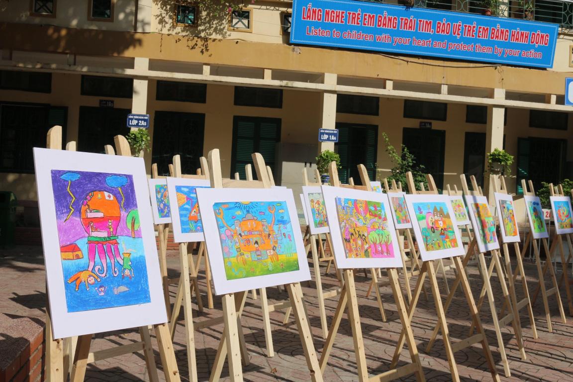 """Trẻ em thỏa sức đam mê tại cuộc thi vẽ tranh quốc tế """"Chiếc ô tô mơ ước"""" - Ảnh 1."""