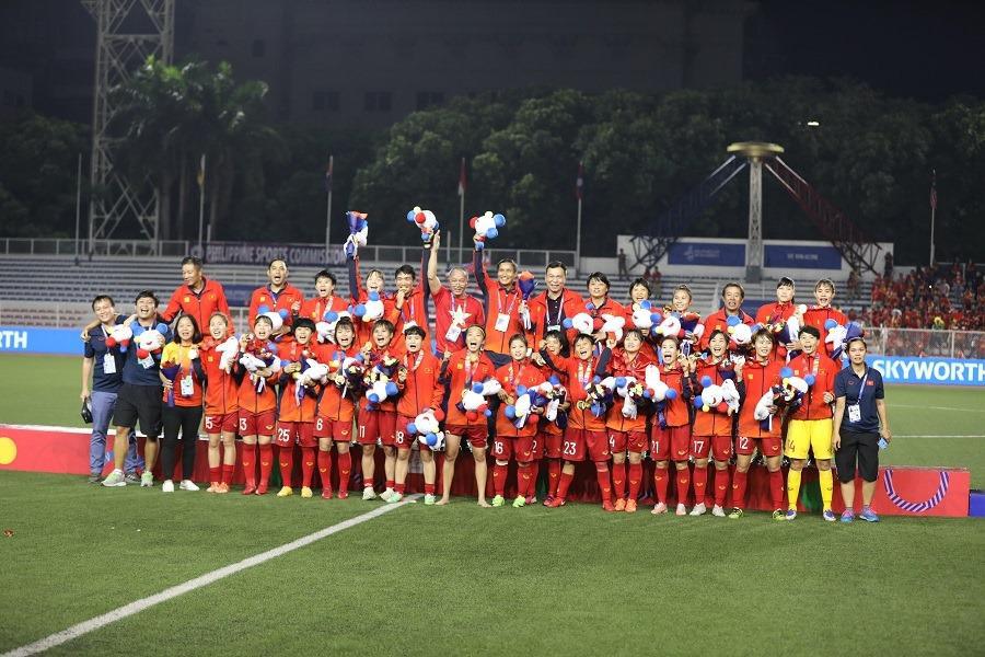 Bamboo Airways tặng 01 năm bay miễn phí cho đội tuyển bóng đá nam, bóng đá nữ Việt Nam và ban huấn luyện tham dự SEA Games 30 - Ảnh 1.
