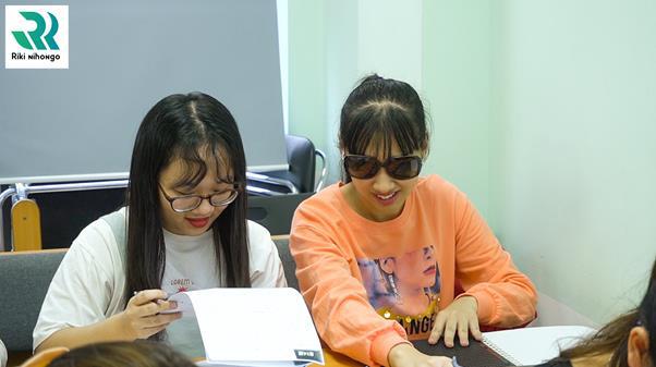 Hành trình học tiếng Nhật của cô gái khiếm thị - Ảnh 2.