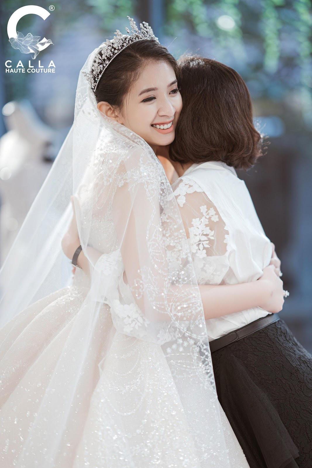 """Calla Haute Couture For Linh Chi - Điều kỳ diệu mang tên """"nàng thơ xứ Huế"""" - Ảnh 10."""