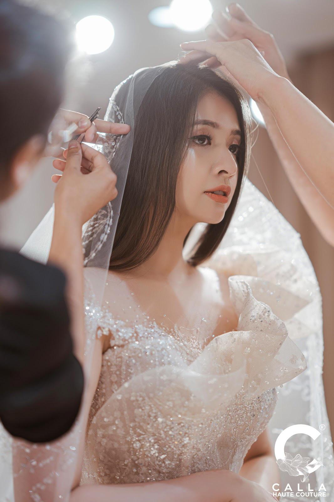 """Calla Haute Couture For Linh Chi - Điều kỳ diệu mang tên """"nàng thơ xứ Huế"""" - Ảnh 1."""