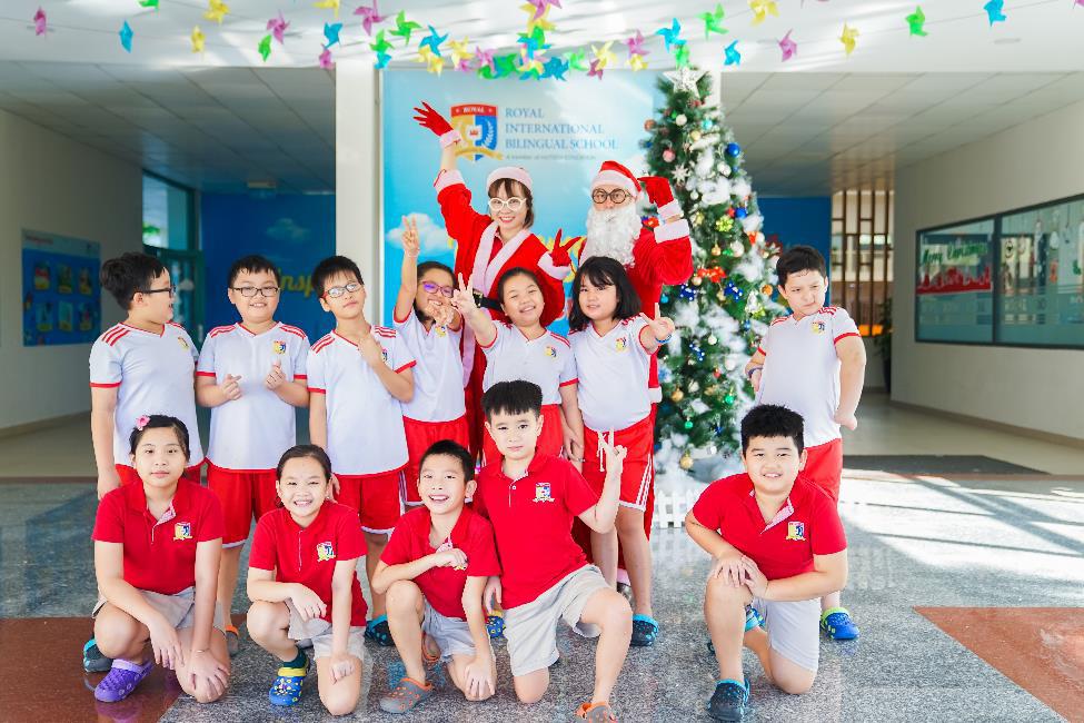 Học sinh Royal School rộn ràng chuẩn bị trước thềm Giáng sinh 2019 - Ảnh 1.