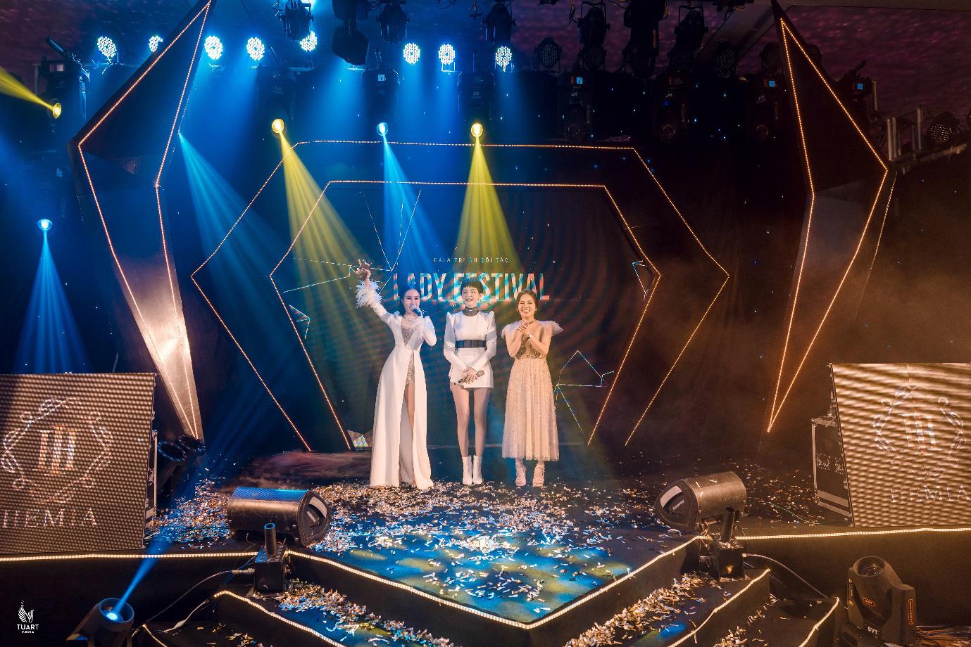 Lễ ra mắt cực đỉnh của mỹ phẩm Hemia: Quy tụ dàn sao khủng showbiz Việt - Ảnh 3.