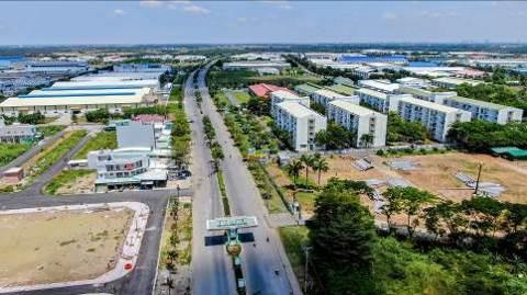 Đô thị cảng, khu công nghiệp tăng hấp lực cho đất nền liền kề - Ảnh 1.