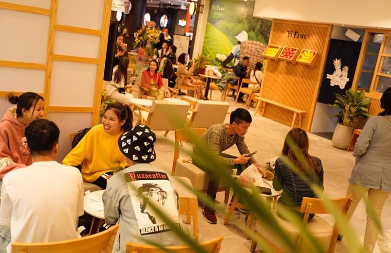 Trà hoa quả YiFang Đài Loan khai trương tại Aeon Mall Hà Đông - Ảnh 2.