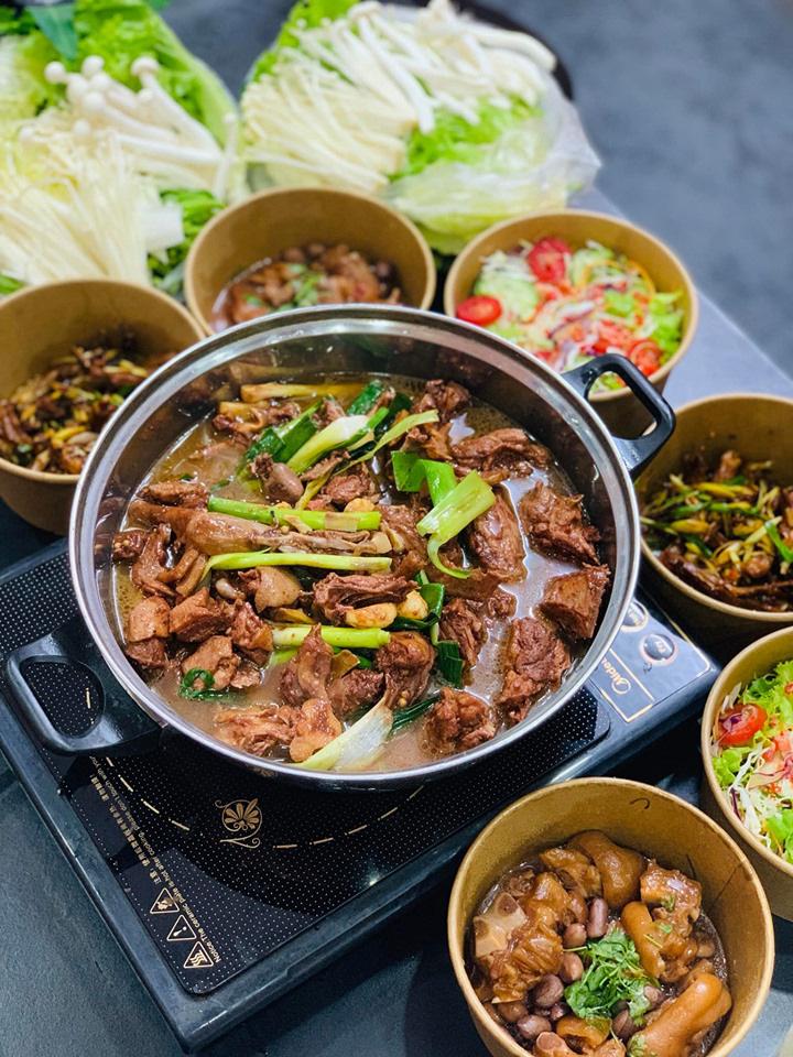 Khám phá món lẩu vịt khô Hồng Kông đặc biệt khiến dân sành ăn mê như điếu đổ - Ảnh 3.