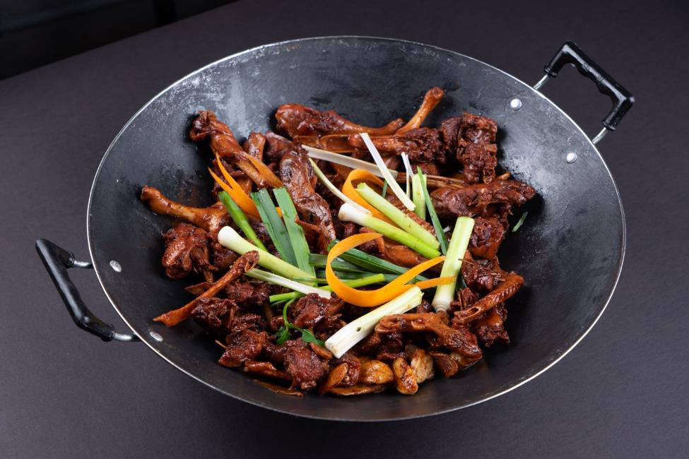 Khám phá món lẩu vịt khô Hồng Kông đặc biệt khiến dân sành ăn mê như điếu đổ - Ảnh 4.