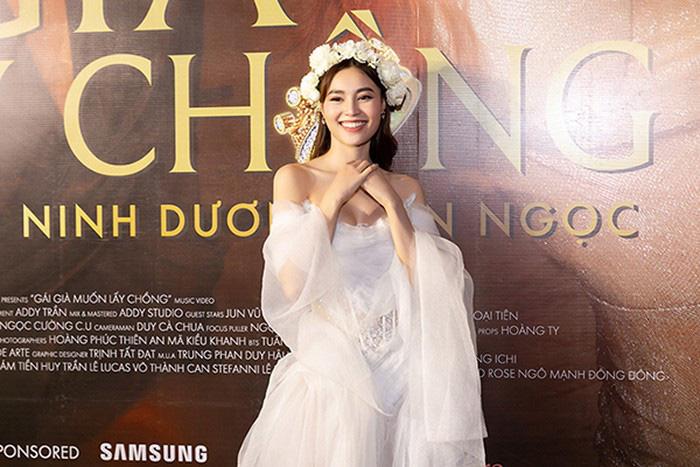 """Ninh Dương Lan bất ngờ lên chức """"Ngọc tổng"""" khi tung dòng son mới trong MV triệu view - Ảnh 2."""