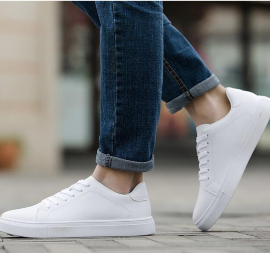Top 12 mẫu giày sneaker đang được giới trẻ tích cực săn lùng - Ảnh 10.