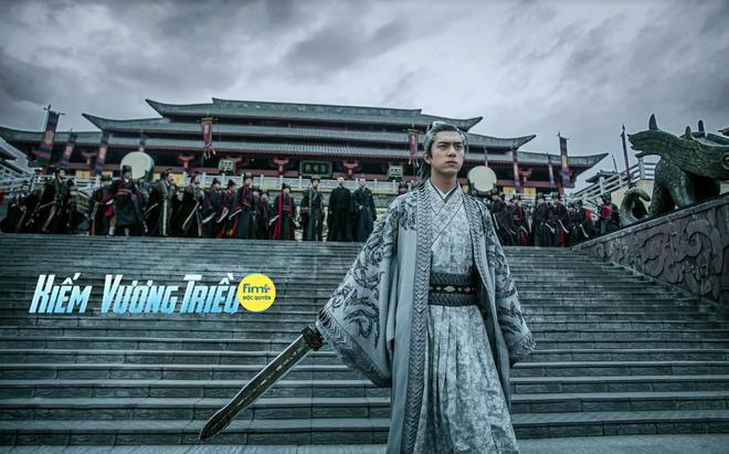 Bỏ rơi cá mực Dương Tử, Gun thần Lý Hiện hành tẩu giang hồ mưu đồ giết vua ở Kiếm Vương Triều - Ảnh 3.