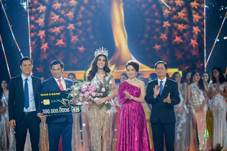 Tân Hoa hậu Nguyễn Trần Khánh Vân được trao vương miện Brave Heart - Ảnh 2.