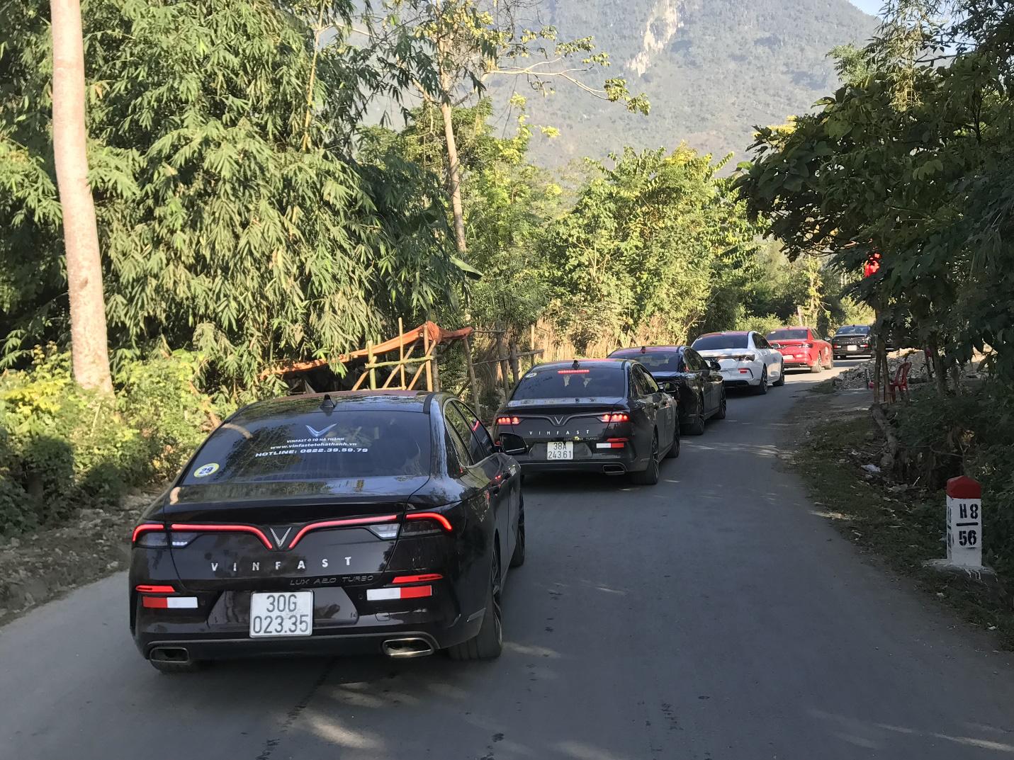 Hàng trăm chủ xe VinFast hào hứng tiếp tục hành trình chinh phục Hà Giang: Không mỏi mệt sau ngày đầu leo đèo - Ảnh 6.