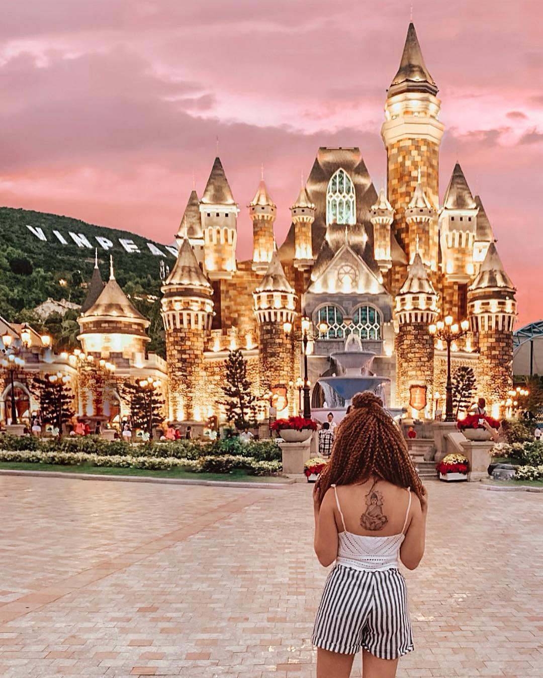 8 góc sống ảo ở Vinpearl Land Nha Trang cần nằm lòng để nịnh người yêu trong mùa Valentine - Ảnh 16.