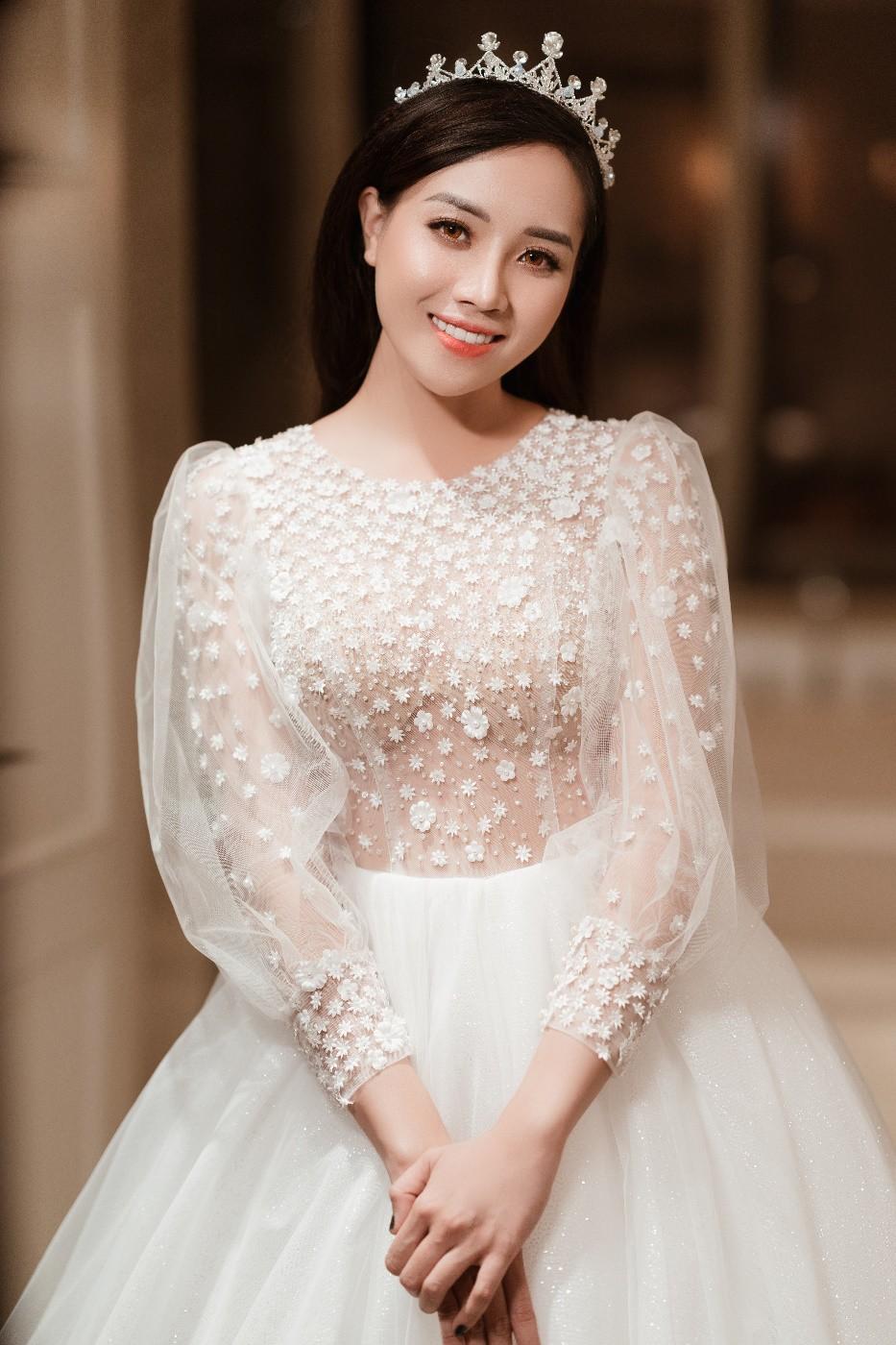 Váy cưới 2019: 5 mẫu váy cưới sẽ lên ngôi mà cô dâu cần biết - Ảnh 10.