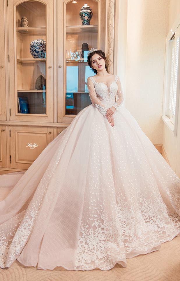 Váy cưới 2019: 5 mẫu váy cưới sẽ lên ngôi mà cô dâu cần biết - Ảnh 4.