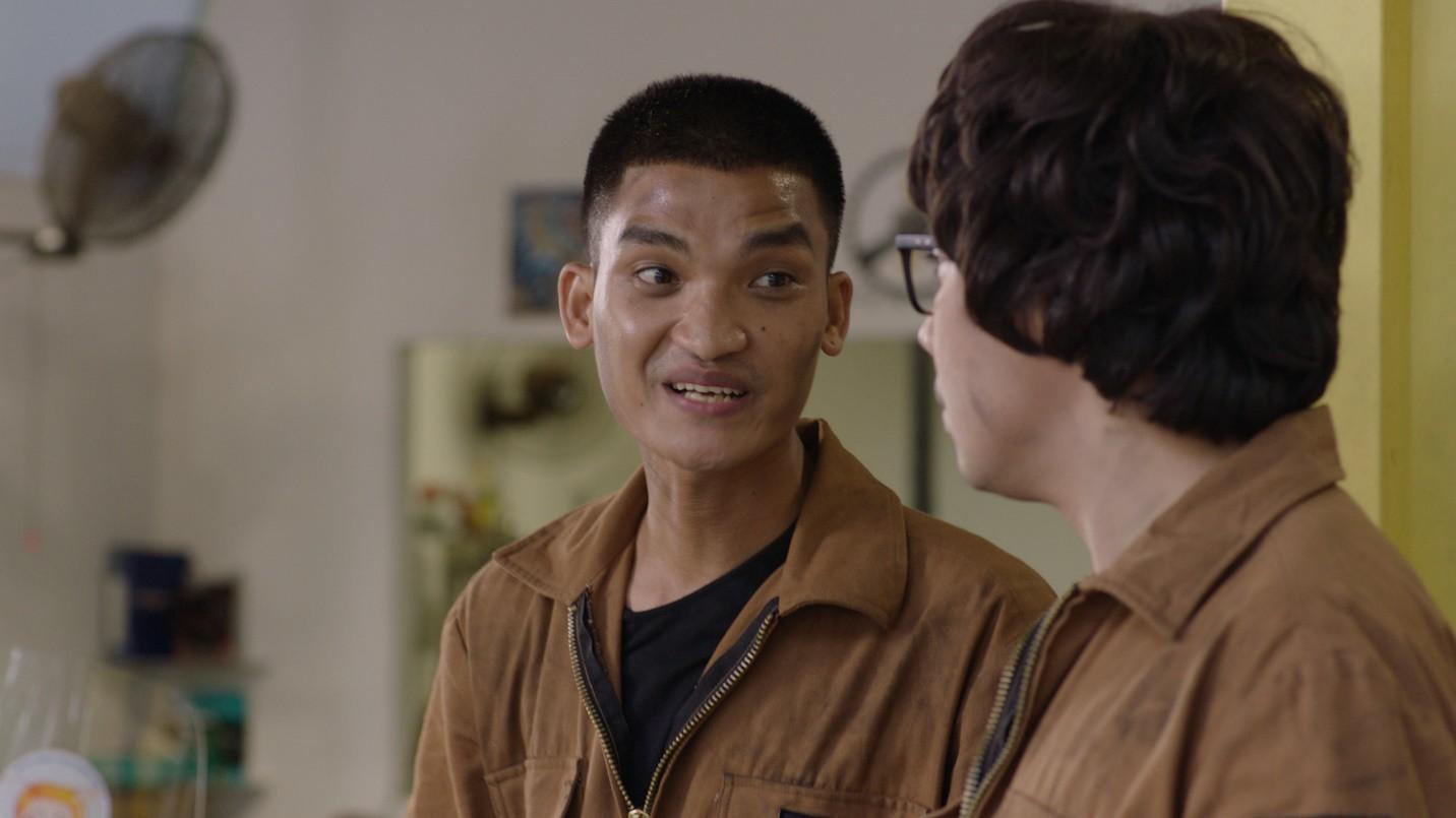 """Tết không cần phải đi chơi xa chỉ cần cười thả ga với Khả Như, Mạc Văn Khoa trong """"Cua lại vợ bầu"""" - Ảnh 2."""