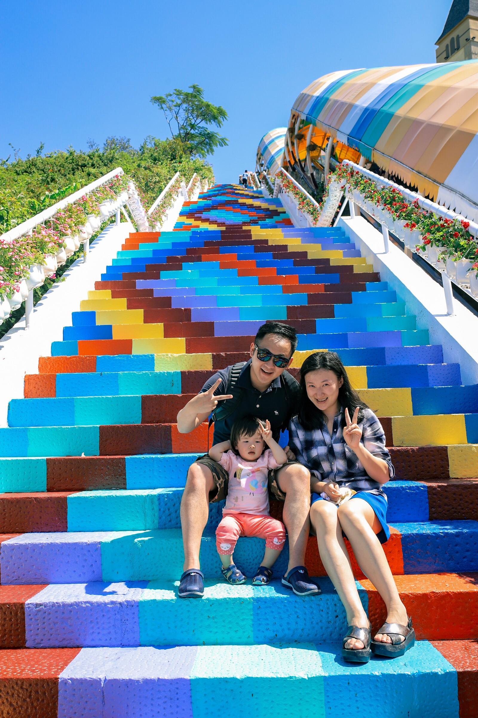 Phát hiện Nấc thang cầu vồng chụp ảnh siêu ảo diệu ở Nha Trang - Ảnh 7.