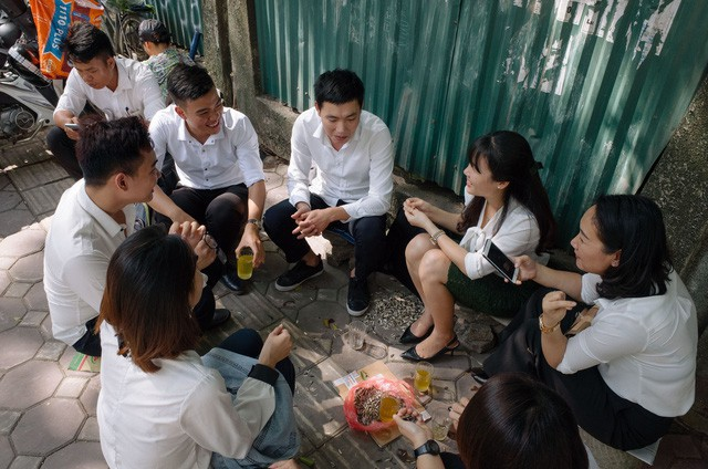 Người Việt vẫn nghĩa tình với nhau nhiều lắm qua những hình ảnh giản dị thế này! - Ảnh 5.