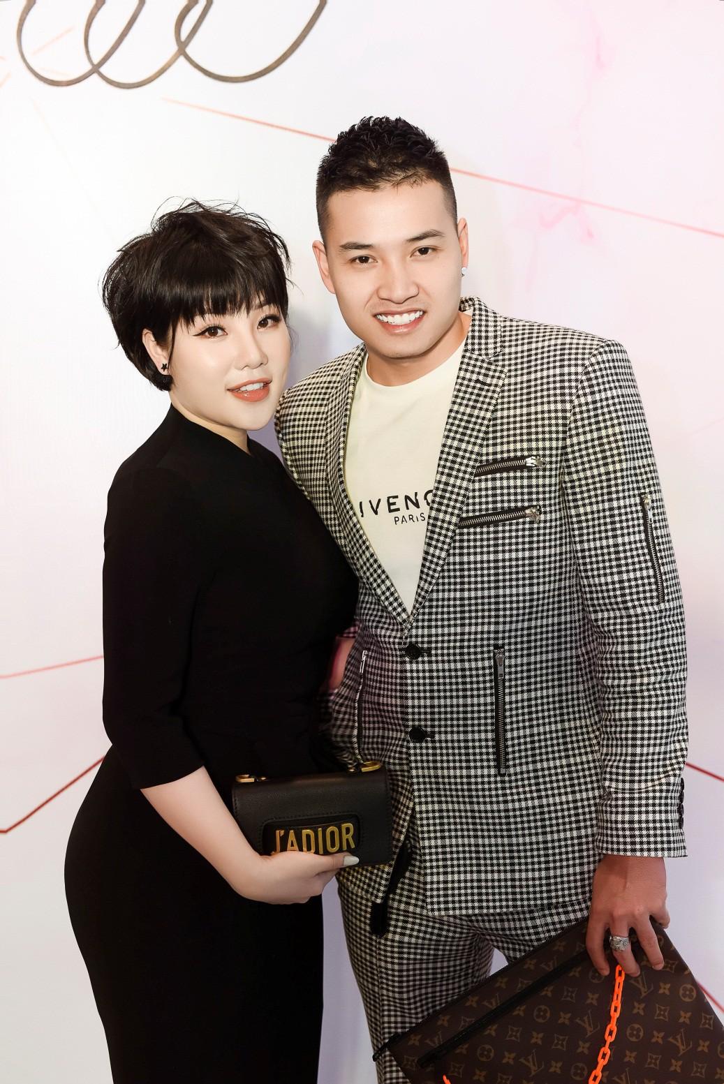 Đào Bá Lộc khuấy động đêm tiệc hoành tráng của công ty Kosxu nhân ngày Quốc tế Phụ nữ - Ảnh 3.
