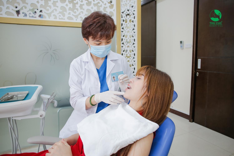 Hé lộ bí mật sở hữu hàm răng trắng sáng không tì vết của giới trẻ Việt - Ảnh 2.