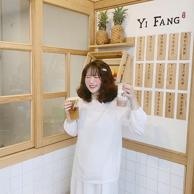 Điều gì khiến trà sữa, sữa tươi khoai môn Yifang gây sốt giới trẻ mấy ngày qua - Ảnh 2.
