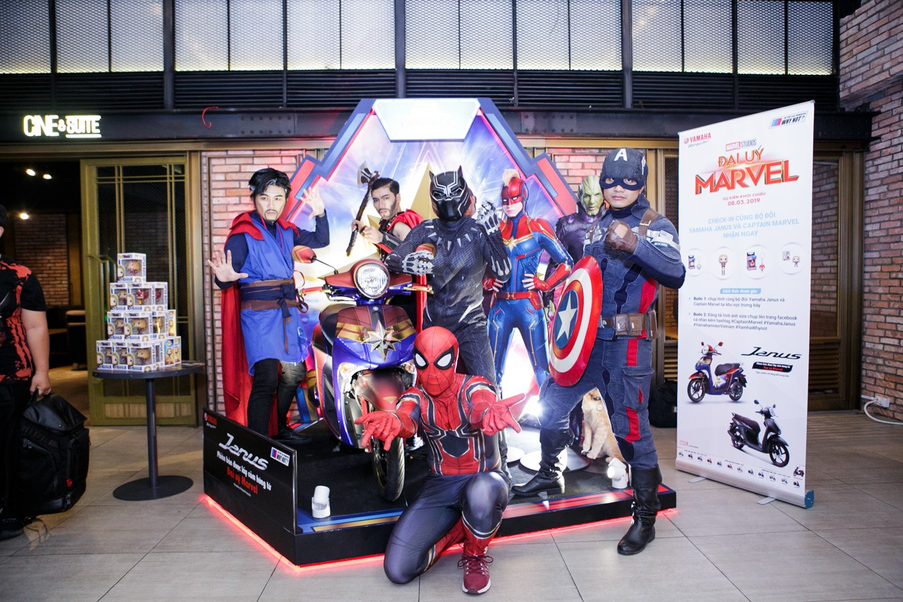 Bùng nổ phòng vé ngày công chiếu, Đại Úy Marvel xứng đáng là bom tấn tiếp theo của vũ trụ Marvel - Ảnh 1.