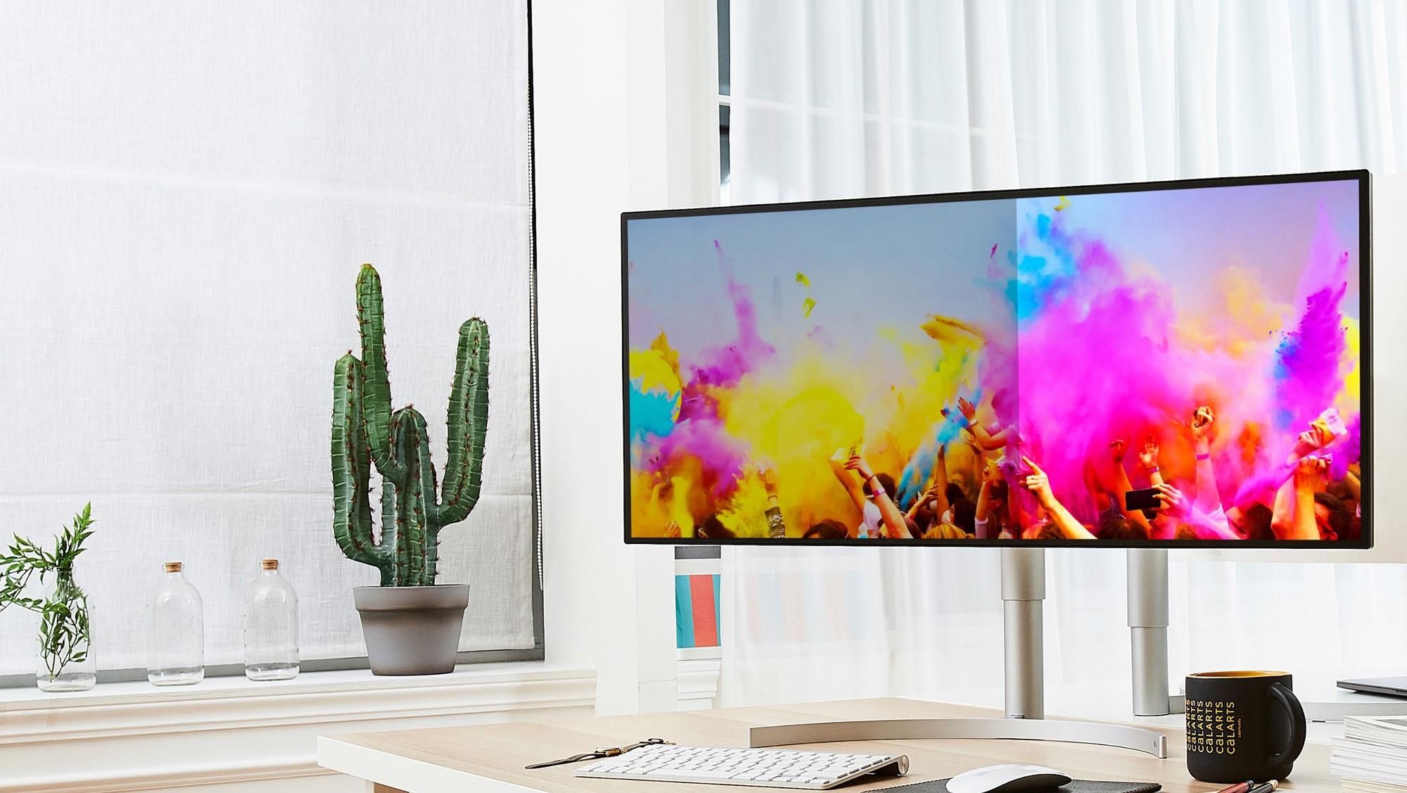 Cày phim thả ga với top màn hình LG siêu khủng - Ảnh 2.