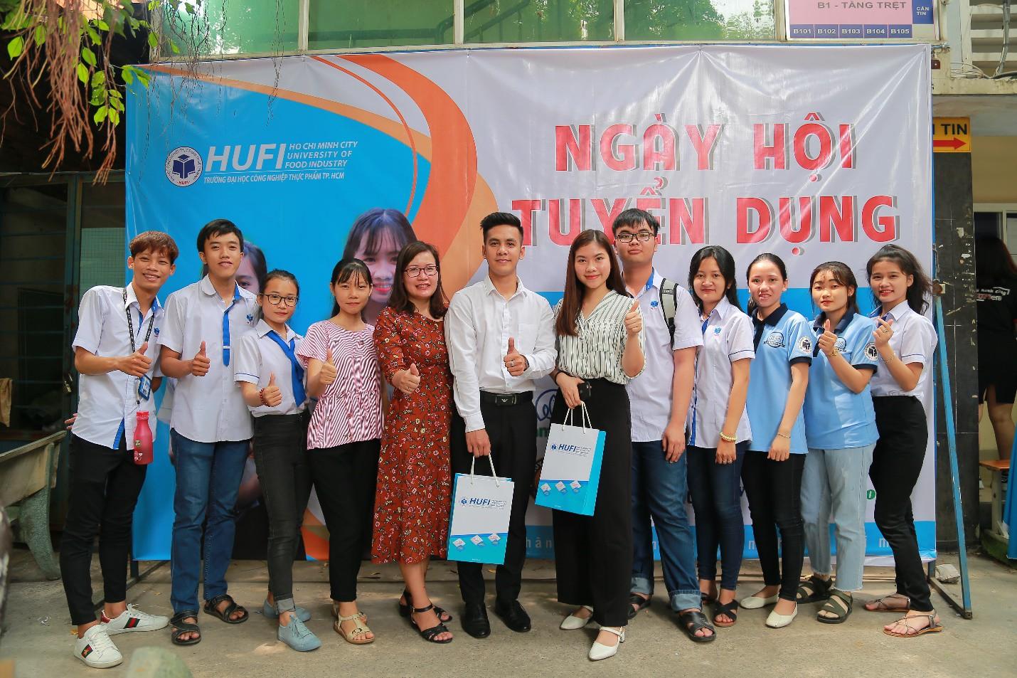 Cam kết việc làm khi học hệ cao đẳng tại trường ĐH Công nghiệp Thực phẩm TP.Hồ Chí Minh - Ảnh 1.