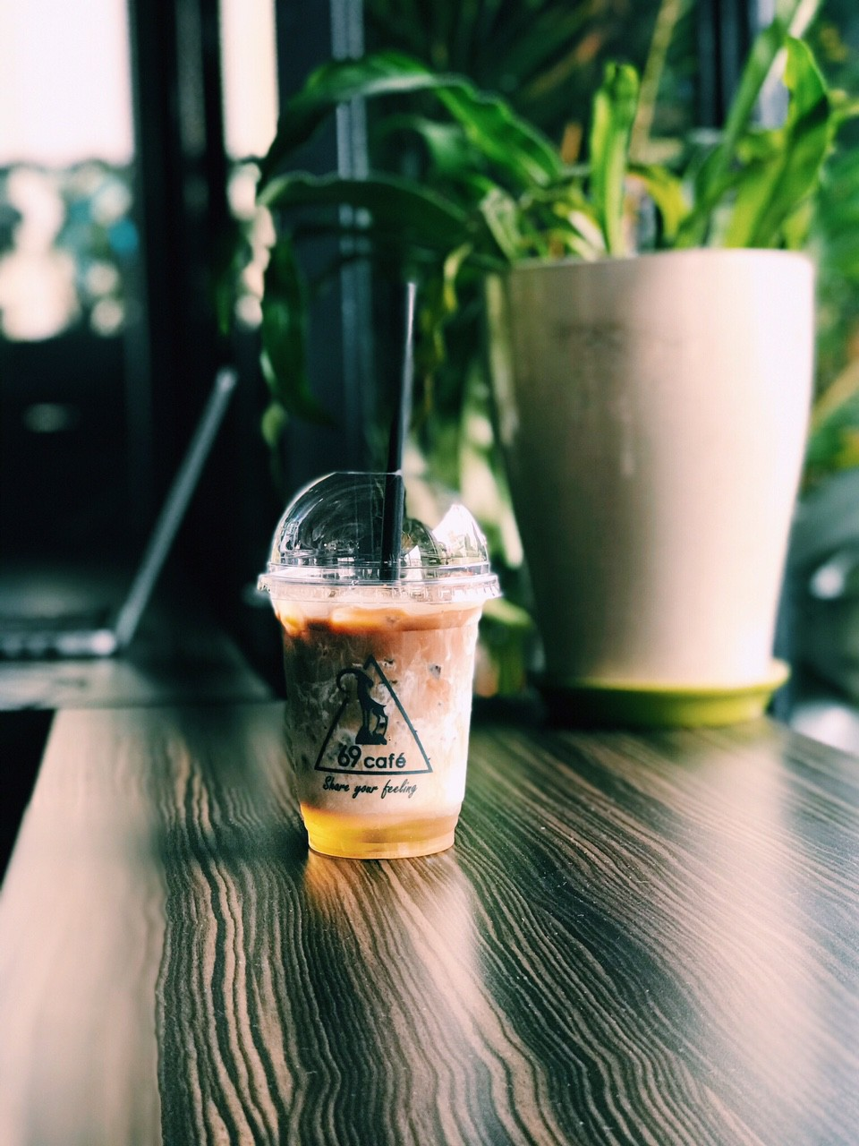 Cafe 69 - Địa điểm check-in mới cho giới trẻ ở Sài Gòn - Ảnh 4.