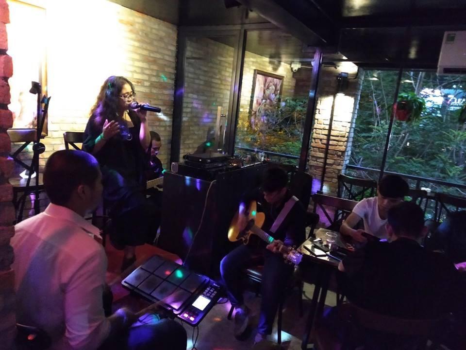 Cafe 69 - Địa điểm check-in mới cho giới trẻ ở Sài Gòn - Ảnh 7.